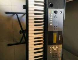 Piano For Sale YAMAHA PSR E233