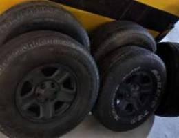 Jeep wrangler 5 rims